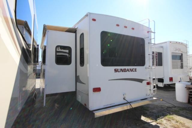 2008 Sundance 2900MK Rear Living Fifth Wheel Good