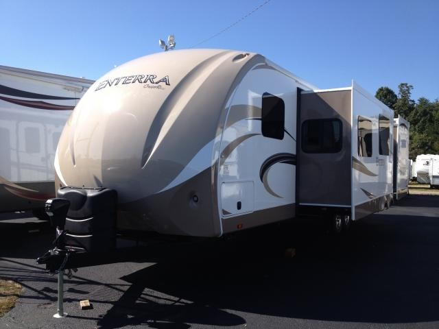 2013 Cruiser RV Enterra 303BHS Bunkhouse w/ Outside Kitchen Stainless Steel Appliances Solid Surface and Remote Control