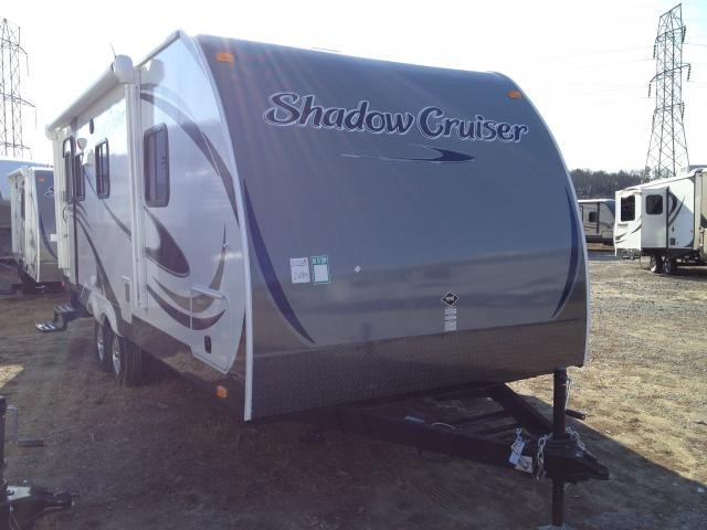 2013 Cruiser RV Shadow Cruiser 225RBS Huge Bathroom Lightweight Loaded