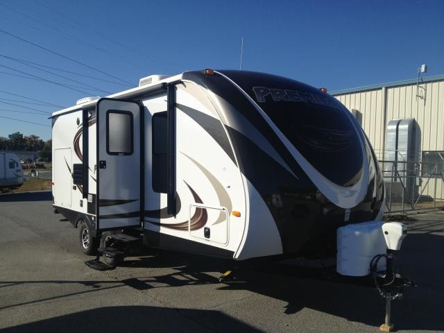 2014 Keystone Bullet Premier 22RBPR Outside Kitchen Lightweight 22RB Concord NC