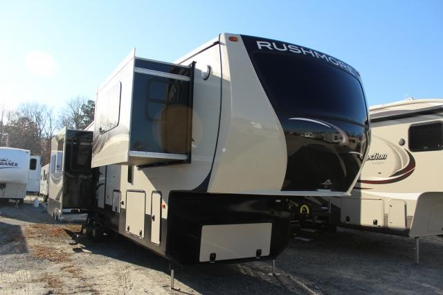 2014 Crossroads Rushmore RV Franklin Luxury 4 Seasons Concord NC