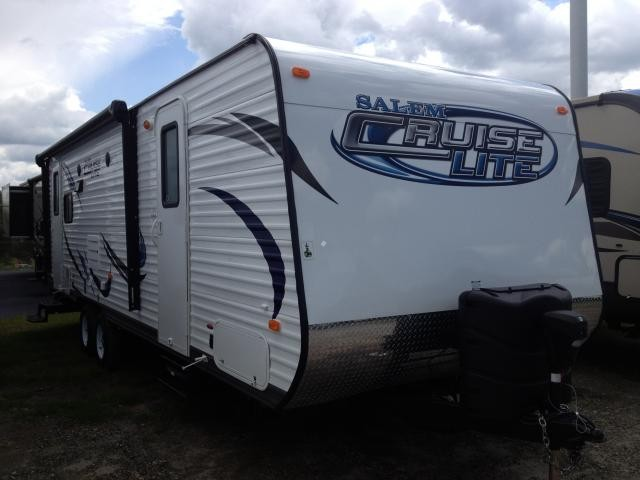 2014 Forest River Salem 251RLXL Rear Living Under 6000lbs