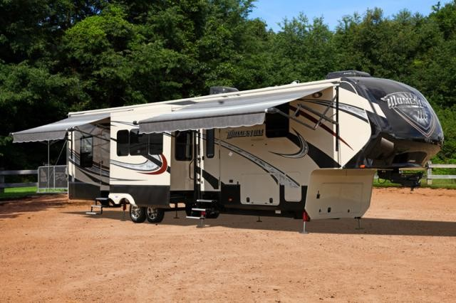 2014 Grand Design Momentum 385TH Toy Hauler Bath and 1/2 King Bed Concord NC