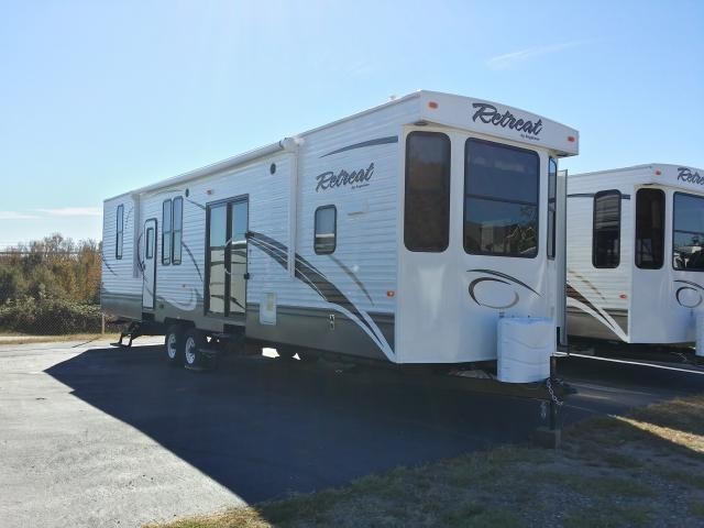 2014 KEYSTONE RETREAT 39BHTS TRIPLE SLIDE BUNK HOUSE FRONT KITCHEN PARK MODEL DUNCAN SC