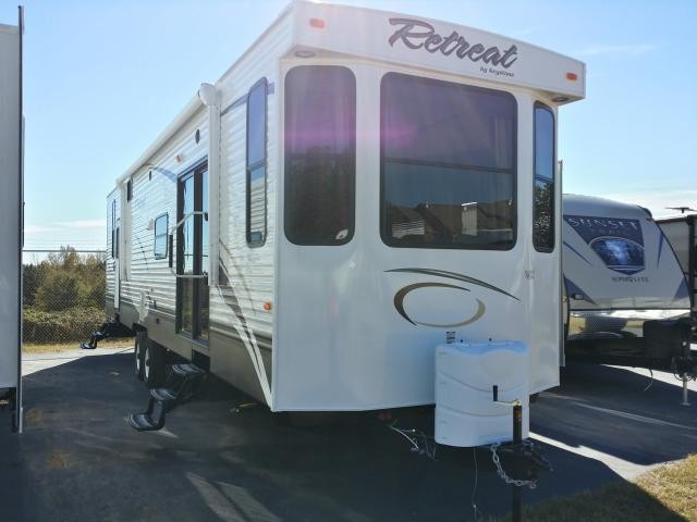2014 KEYSTONE RETREAT 39FDEN DOUBLE SLIDE FRONT KITCHEN PARK MODEL DUNCAN SC