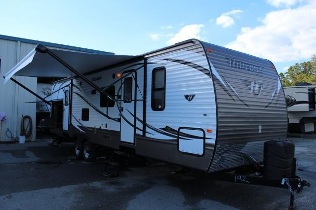 2014 Keystone Luxury Hideout 31RBDS Double Slide Outside Kitchen Loaded W/ TV Electric Awning w Led Awning Lights Concord NC