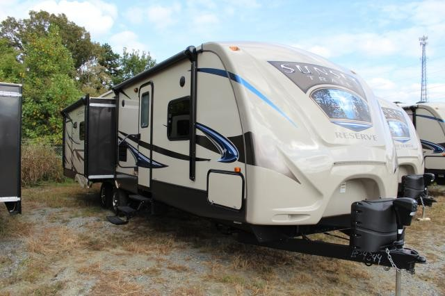 2014 Sunset Trail Reserve 32RL Fully Loaded New Changes Rear Living Outside Kitchen and TV Concord NC