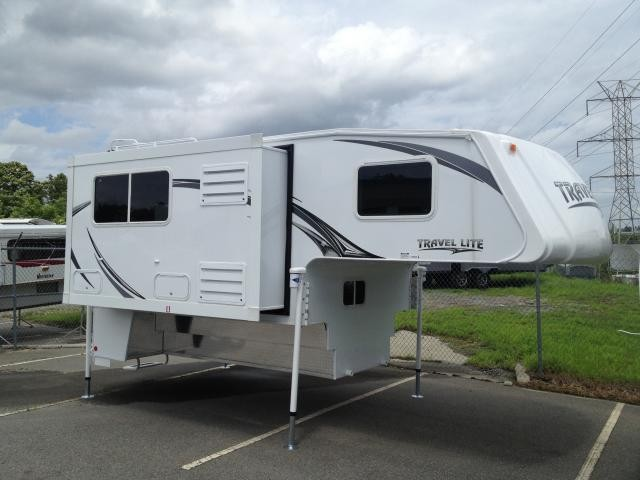 2014 Travel-lite Truck Camper 1000SLRX for 1 Ton Truck Slideout Loaded Concord NC