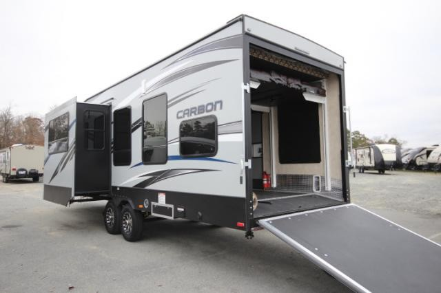 2015 Keystone Carbon 32 Toy Hauler Travel Trailer 20ft