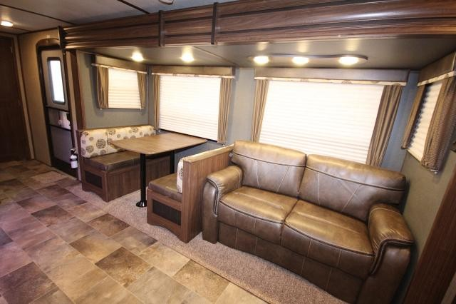 2017 Keystone Rv Sprinter 33bh Double Slide Bunkhouse