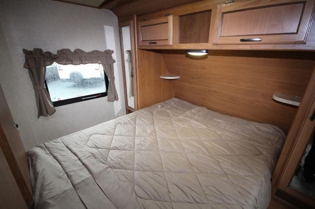 2017 Thor Crossroads Sunset Trail 270BH Bunk House Outside