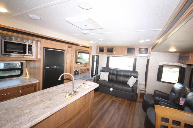 ... 2018 Coachman Catalina 293RLDS Double Slide Outdoor Kitchen Rear Living  Room W/ Swivel Chairs CONCORD ...