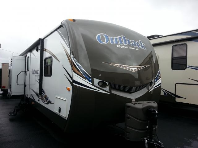 2014 KEYSTONE OUTBACK 323BH DOUBLE SLIDE BUNK HOUSE WITH ISLAND