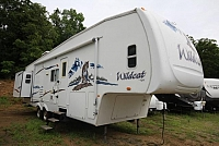 2008 Wildcat 32QBBS Rear Bedroom Front Bunk House One & Half Bath Two Slides Very Spacious Well Kept Must See CONCORD NC