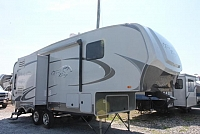 2011 Highland Ridge Open Range 280RLS 5th Wheel Camper Rear Living 3 Slides 2 w/Toppers 2nd A/C Prep Power Jacks Under 8000lbs Duncan SC