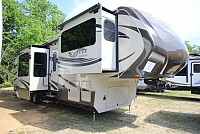2014 Grand Design Solitude 379FL Used 5th Wheel Free Standing Dinette Spacious Front Living Area Very Nice CONCORD NC