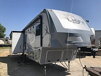2015 Highland Ridge Open Range 318RLS Triple Slide Rear Living Fifth Wheel Two Recliners Big Living and Kitchen Area Duncan SC