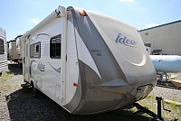 2015 Travel Lite Idea i18 Rear Bath Corner Shower Queen Bed Storage Space Well Kept CONCORD NC