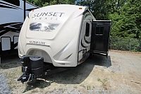 2016 Sunset Trail Super Lite 250RB Rear Bath Outside Kitchen Lightweight and TV Concord NC