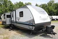 2017 Forest River Surveyor 33KRLOK Rear Living Outdoor Kitchen 3 Slides Free Standing Dinette Nice Layout Must See CONCORD NC