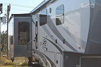 2017 Highland Ridge Open Range 3X 388RKS Rear Kitchen 5th Wheel 3 Slides 6pt Auto Leveling W/D Prep Residential Fridge King Bed Duncan SC