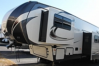 2018 KEYSTONE SPRINTER FIFTH WHEEL 357FWLFT MID-BUNK AUTO LEVEL 2 A/C'S 4 SLIDES SOLAR PREP DUNCAN SC