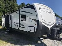 2017 Keystone Outback 325BH Triple Slide Bunkhouse Travel Trailer Big Outside Kitchen Big Cargo Rack