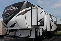 2017 SPARTAN 4012 TOY HAULER FIFTHWHEEL AUTO LEVELING 12 FOOT GARAGE GENERATOR FIREPLACE SOLID SURFACE COUNTERTOPS DUNCAN SC