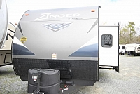 2018 Crossroads Zinger 254RB Rear Bath One Slide Entertainment Center Fireplace U-Shaped Dinette Front Queen Bed CONCORD NC