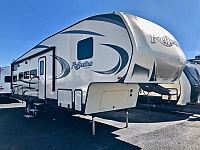 2020 Grand Design Reflection 28BH 5th Wheel Bunkhouse 2 Slides 2 A/C's Outside Kitchen With/TV Auto Leveling Duncan SC
