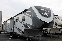 2018 Highland Ridge Open Range 3X 427BHS Luxury 5th Wheel Camper 5 Slides w/Toppers 2 Awnings 2 A/C's Heat Pump Outside Kitchen Residential Fridge w/Ice Maker King Bed Duncan SC