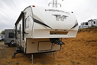 2018 Keystone Hideout 308BHDS 5TH Wheel Bunkhouse Camper with Bath and Half 2 Slides Outside Kitchen CONCORD NC