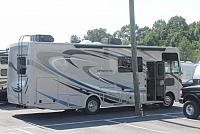2018 Thor Windsport 29M Class A Gas Motorhome MORryde Chasis Ford 6.8 V10 1 SuperSlide 2 A/C's 3 TV's Backup and Mirror Cams Onan Generator Auto Level Outside Kitchen King Bed Duncan SC