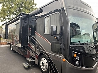 2019 Fleetwood Pace Arrow 35QS Four Slide Class A Diesel Pusher Motorhome Duncan SC