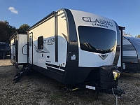 2019 Forest River Flagstaff Lite Weight 8320KBS Triple Slide Rear Living Travel Trailer Duncan SC