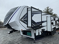 2019 Grand Design Momentum M-Series 351M Triple Slide Toy Hauler Fifth Wheel Duncan SC