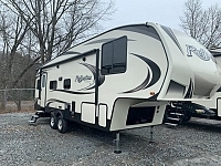 2019 Grand Design Reflection 150 Series 260RD Single Slide Light Weight Fifth Wheel Duncan SC