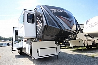2019 Grand Design Momentum Toy Hauler 376TH Front Living Outside Garage 5 Slides Onan Generator Concord NC