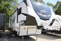 2020 Keystone Hideout 308BHDS Fifth Wheel Bunk House 2 Slides Bath and Half Outside Kitchen Concord NC