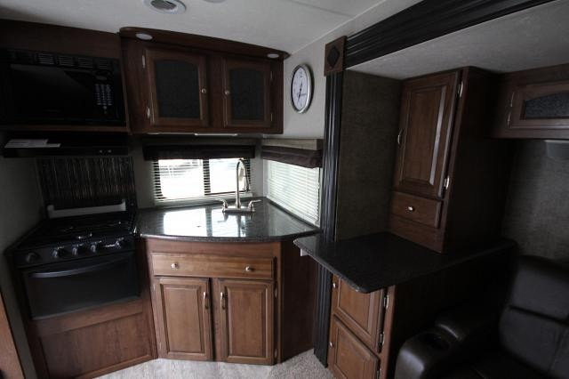 2016 Coachmen Liberty Express Liberty Edition 276RKDS Rear Kitchen Booth Dinette Fireplace Full Shower Large Wardrobe 2 TVs 2 Slides CONCORD NC