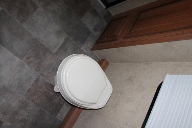 2016 Flagstaff Micro Lite 25KS Rear Bath 1 Slide Murphy Bed Large Bath 4400lbs Duncan SC