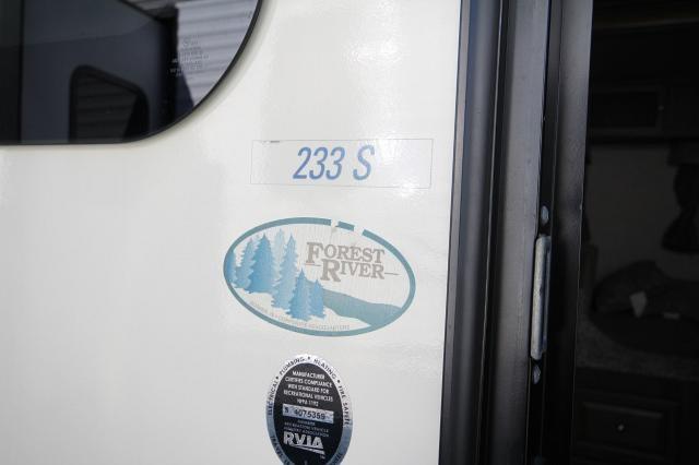 2016 Rockwood Roo Hybrid 233S 3 Foldouts Sleeps Many Jack Knife Sofa Booth Dinette Corner Radius Shower Nice Interior CONCORD NC