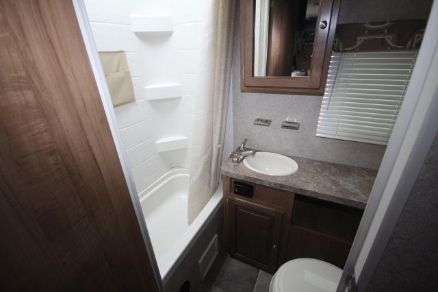2017 Flagstaff Microlite 23lb Rear Twin Bunks Rear Bath Full Shower