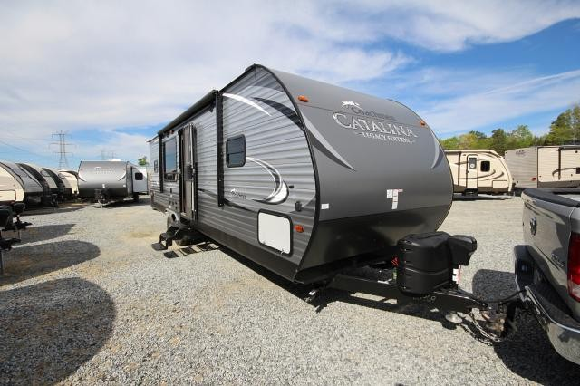 2017 Forest River Coachmen Catalina 283rks Rear Kitchen