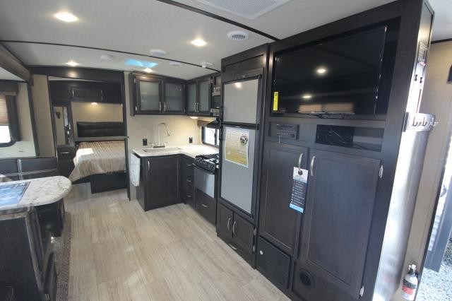 2017 Grand Design Imagine 2800BH Travel Trailer Double Over Double BunkHouse Aluminum Entry Steps Pet Food Drawer Outside Kitchen Concord,NC