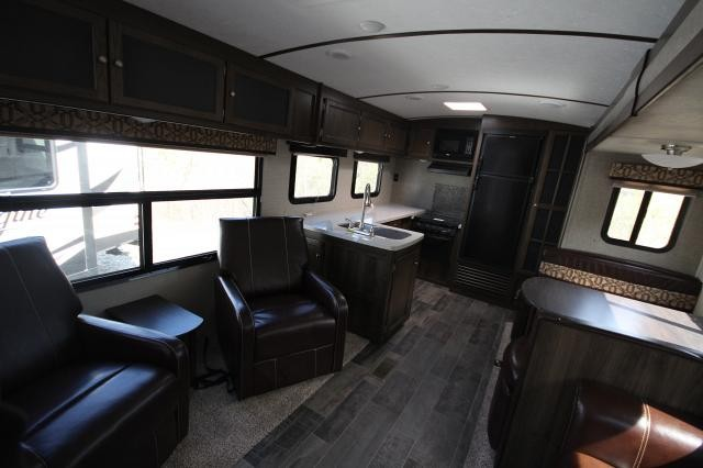 2017 Keystone Bullet Premier 29RKPR Rear Kitchen Huge Windows Great Layout Tons of Countertop Space Outdoor Kitchen Concord NC