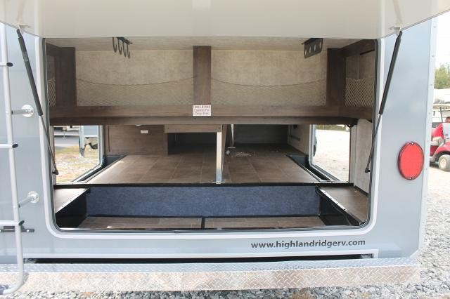 2017 OPEN RANGE 376FBH ROAMER FIFTH WHEEL FRONT LIVING/BUNK HOUSE