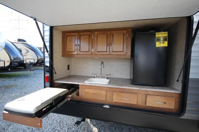 Catalina Trailer Park >> 2019 Catalina Legacy Edition 313DBDSCK Rear Bunk House W ...