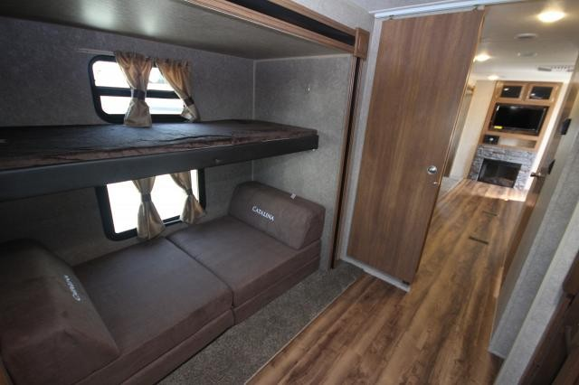2018 Coachman Catalina Legacy Edition 323bhdsck Rear Bunk