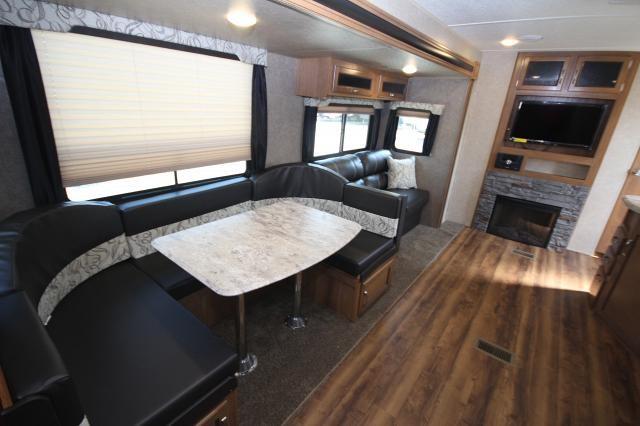 2018 Coachman Catalina Legacy Edition 323bhdsck Rear Bunk
